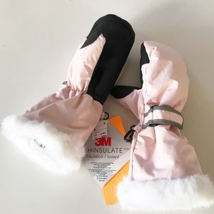 Thinsulate Girl's Winter / Snow Mittens NWT